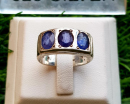 28.30ct Natural Sapphires in 925 Sterling Silver Ring.
