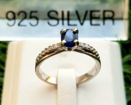 14.80ct Natural (Heated) Sapphire in 925 Sterling Silver Ring.