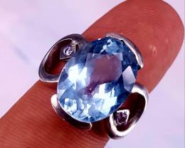 9 carat Natural Swiss Blue Topaz Ring.