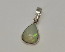 Pingente em prata 950 com opala sólida forma gota