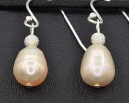 Natural Fresh water pearl , Silver Earring