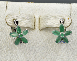 Natural Emerald and 925 Silver Earring, Elegant Design