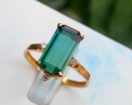 18k Gold Natural 2.45 Indicolite Tourmaline and Diamonds Ring.