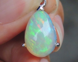 3.00cts Welo Opal  in Rhodium Pendant