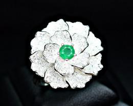 Natural Top clr Precious Emerald , CZ unusual flower Design 925 Silver Ring