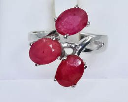 24.85 Crt Natural Ruby 925 Silver Ring