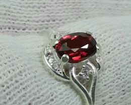 10.55 carat purple red rhodolite garnet 925 silver ring, 7x5x3mm