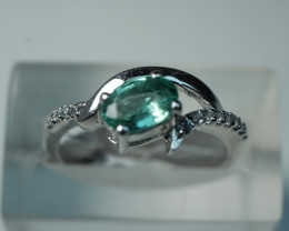 NATURAL EMERALD OVAL SHAPE 92.5 SOLID SILVER RING SIZE ( 7.25 US )