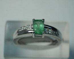 NATURAL EMERALD CUSHION SHAPE 92.5 SOLID SILVER RING SIZE ( 7.50 US )