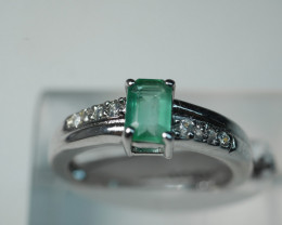 NATURAL EMERALD CUSHION SHAPE 92.5 SOLID SILVER RING SIZE ( 6.75 US )
