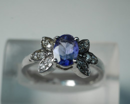 NATURAL TANZANITE OVAL SHAPE 92.5 STERLING RING ( 7.00 US )