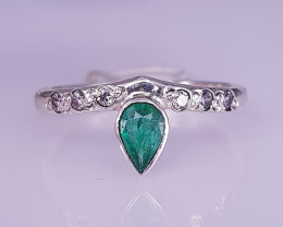 Natural Best Emerald Ring
