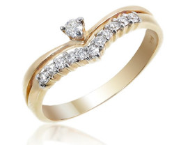 Stunning 14 k Solid Yellow Gold Genuine Diamond Ring