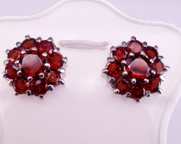 Natural Rodholite Garnet Ear studs.