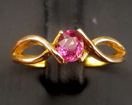 Top Quality18k Gold Natural Sapphire Ring.