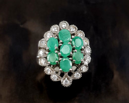Fantastic Natural Emerald Ring