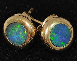 14k gold earrings - round shape opal