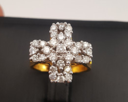 18k gold Natural Diamonds Ring.