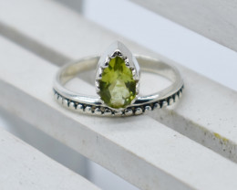 PERIDOT RING 925 STERLING SILVER NATURAL GEMSTONE JR954