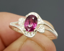 Natural Purple Rhodolite Garnet 10.90 Carats 925 Silver Ring