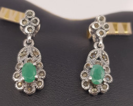 Antique Design Natural Emerald Earrings