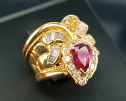 18k Gold Natural Ruby and Diamond Ring