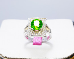 Natural Green Chrysolite (Peridot) 925 Sterling Silver Ring