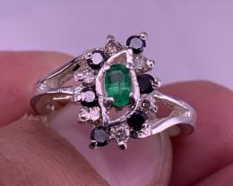 Natural Diamonds and Emerald Ring TCW 0.75 Carat.