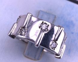 Natural Diamonds Ring TCW 0.35 carat.