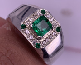 Natural vivid green Emerald Gents Ring.
