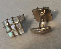 ANTIQUE / VINTAGE MOTHER OF PEARL CUFF LINKS 1950'S CIRCA