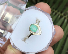 12.20 Ct Natural Green Transparent Emerald Gem Ring Solid Silver Size 5