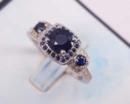Amazing Natural Sapphire Ring.