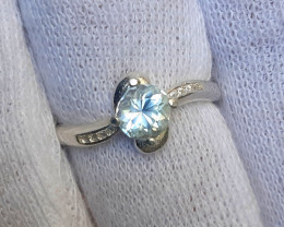 Natural 11.00 Carat aquamarine 925 Silver Ring, 6x6x4 mm.