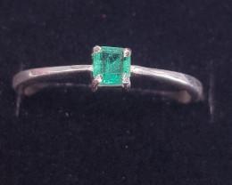 Natural Emerald Beautiful Ring.