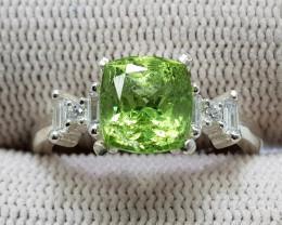 Natural Green Peridot 17.75 Carats 925 Silver Ring