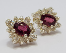 Natural Purple Rhodolite Garnet 19.00 Carats Earrings