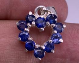 Heart shape Natural Sapphire Pendent TCW 2.38carat.