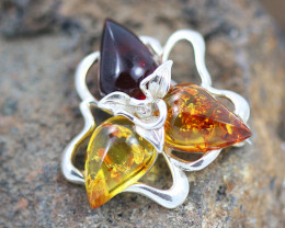 Baltic Amber Pendant , direct from Poland RN185