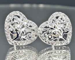 HEART Stud Earrings 925 amazing design