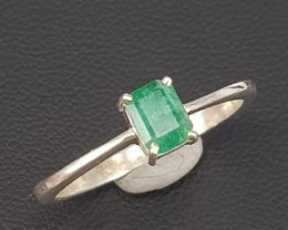 Natural Emerald Beautiful Ring.