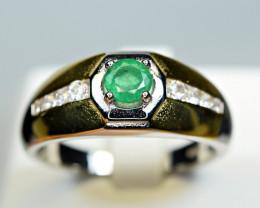 Natural Precious Top Green Color Transparent 0.51 Carat Emerald 925 Silver