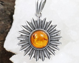 Baltic Amber Pendant , direct from Poland RN219