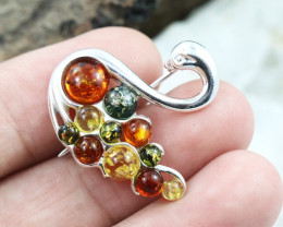 Baltic Amber Brooch, direct from Poland RN292