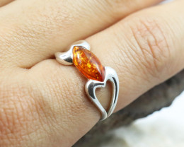 Baltic Amber Ring, direct from Poland size 7  RN539
