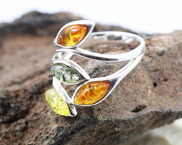 Baltic Amber Ring, direct from Poland size 7  RN563