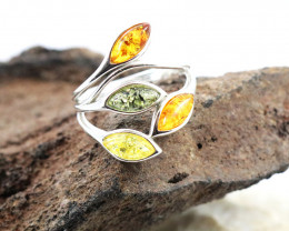 Baltic Amber Ring, direct from Poland size 7  RN562