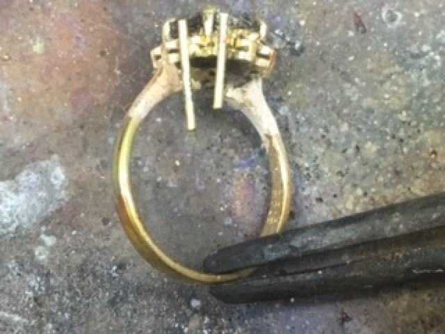 adding claw to ring that lost a stone