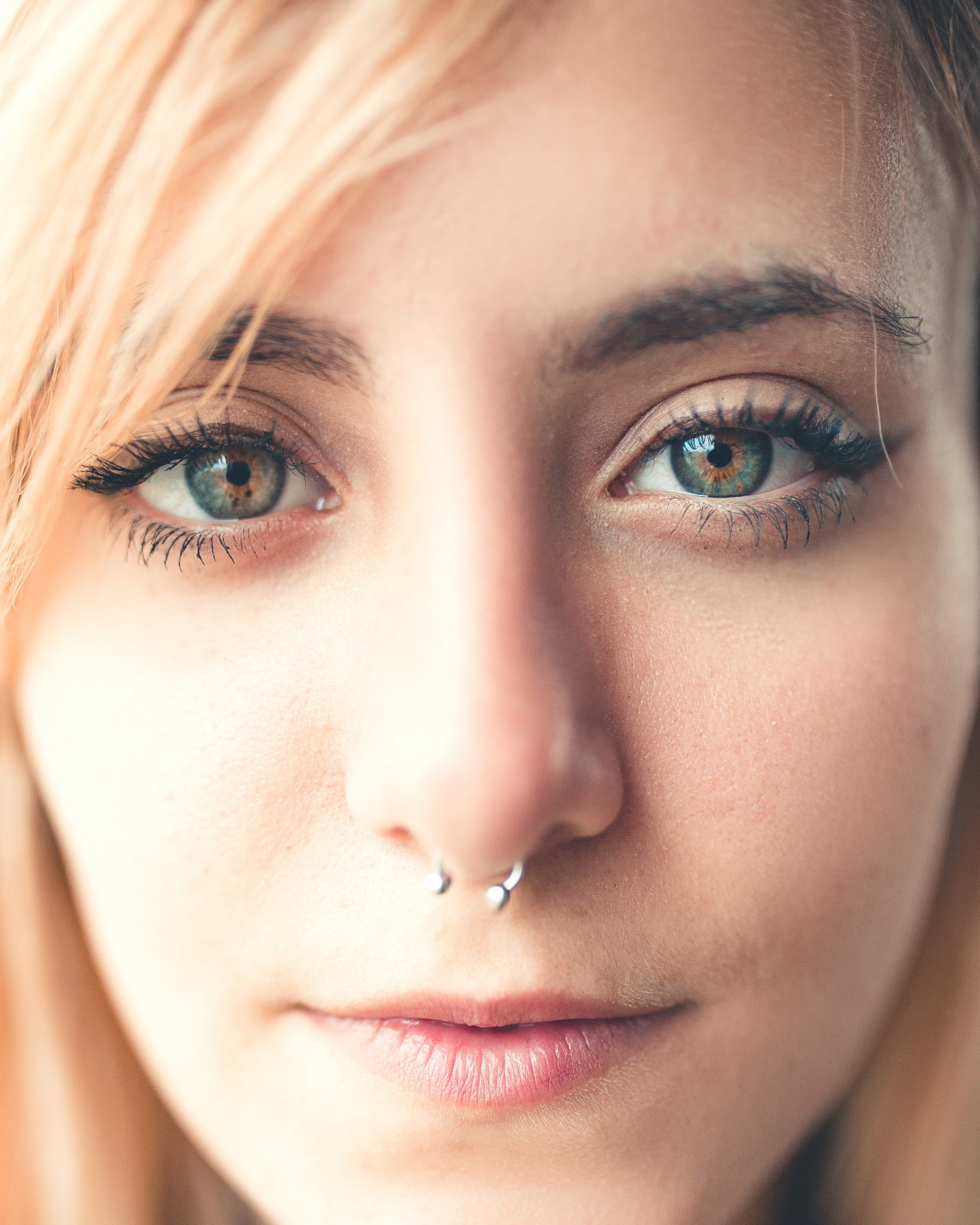 The Ultimate Guide to Nose Ring Piercings