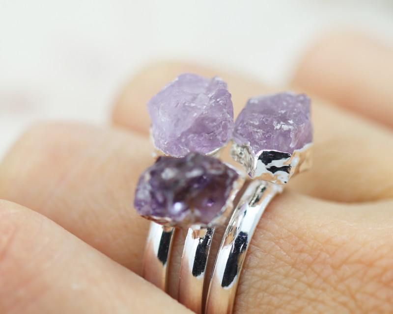 What is Electroplating Jewelry and How Does it Work